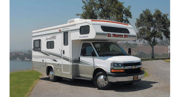 C22 Compact Motorhome huren in Amerika